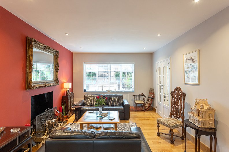 4 bedroom(s) house to sale in Hale Lane, Mill Hill, London-image 32