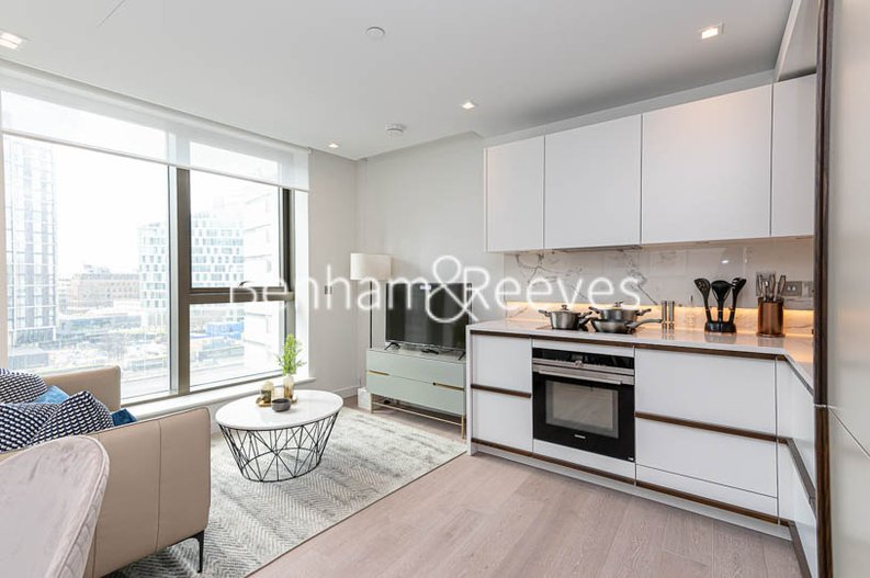1 bedroom(s) apartment to sale in Westmark Tower, Newcastle Place, London-image 1