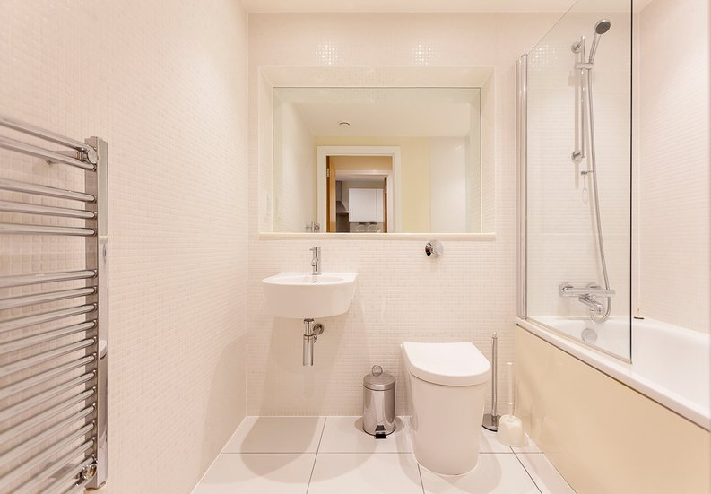 1 bedroom(s) apartment to sale in Cobalt Point, Lanterns Court, Millharbour, Canary Wharf, London-image 7