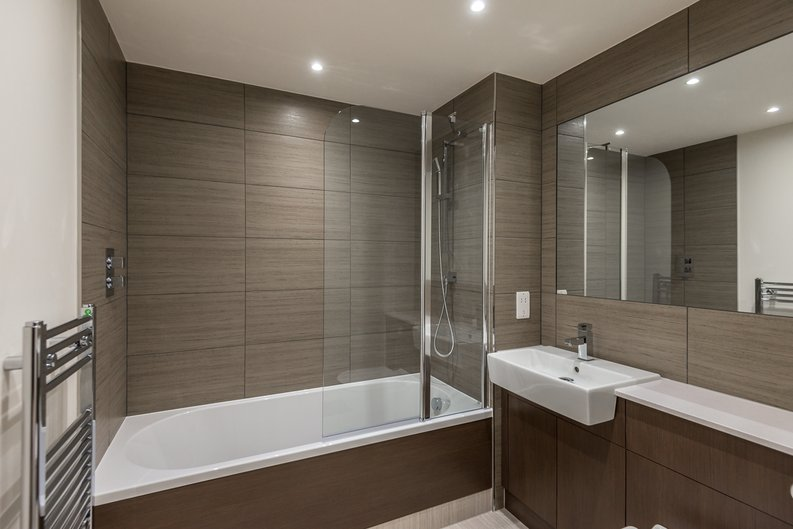 1 bedroom(s) apartment to sale in Constantine House, Boulevard Drive, Beaufort park , London-image 5