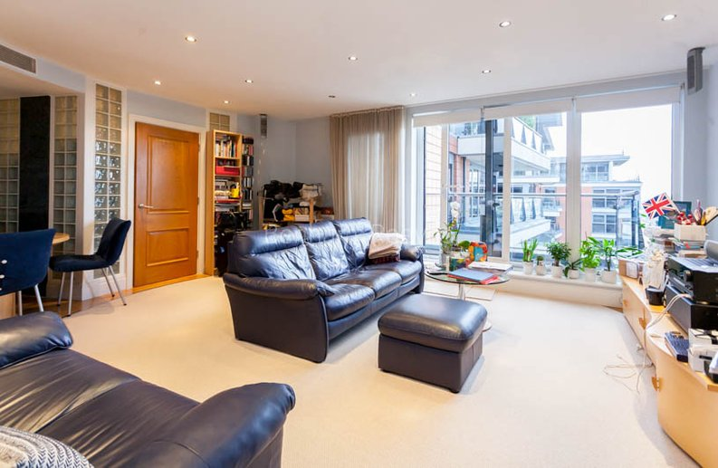 1 bedroom(s) apartment to sale in Harbour Reach, Imperial Wharf, London-image 5