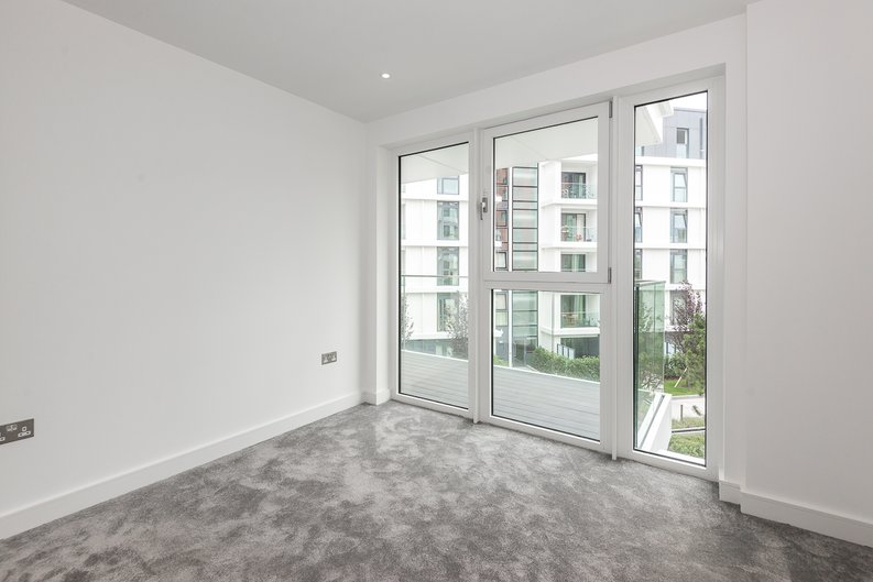 2 bedroom(s) apartment to sale in Brent House, Wandsworth Road, Nine Elms-image 5