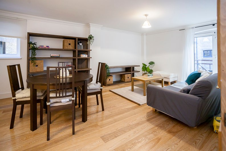 2 bedroom(s) apartment to sale in Scotts Sufferance Wharf, 5 Mill Street, Bermondsey-image 1