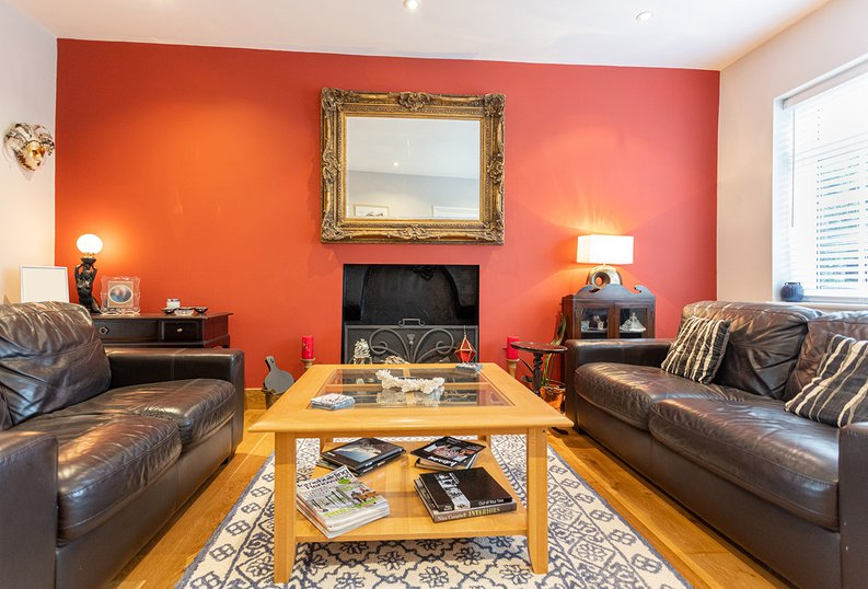 4 bedroom(s) house to sale in Hale Lane, Mill Hill, London-image 12