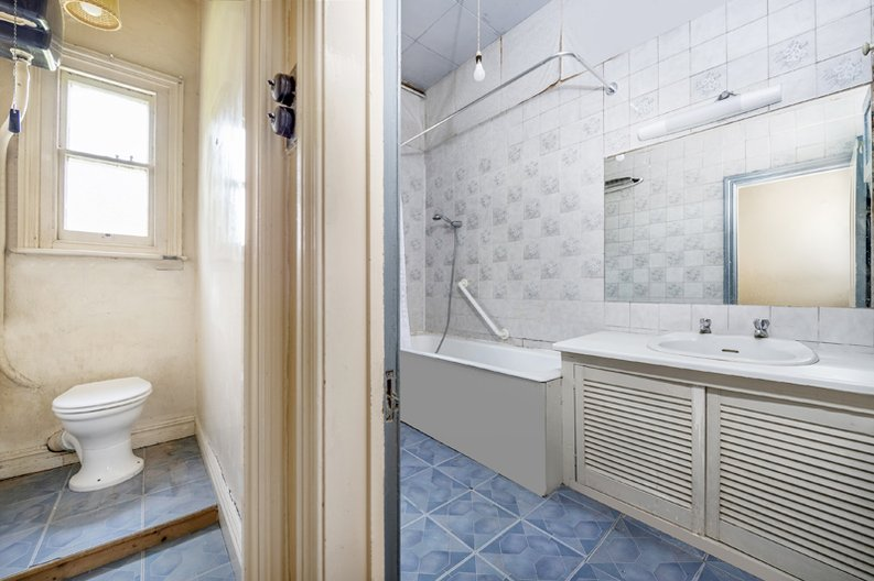5 bedroom(s) apartment to sale in Rosslyn Mansions, Goldhurst Terrace, South Hampstead, London-image 14