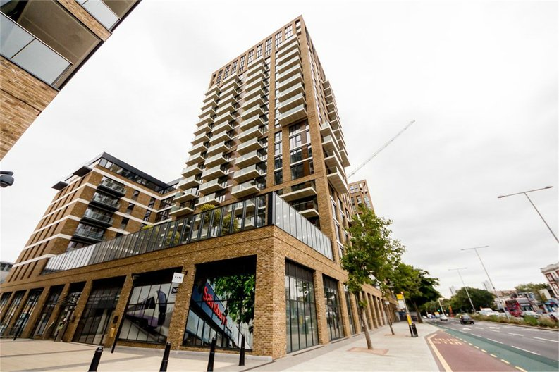 1 bedroom(s) apartment to sale in Compton House, Victory Parade, Plumstead Road, Woolwich-image 5