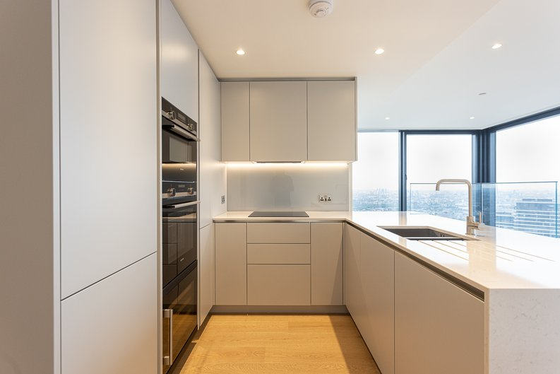 2 bedroom(s) apartment to sale in Marsh Wall, Canary Wharf, London-image 8