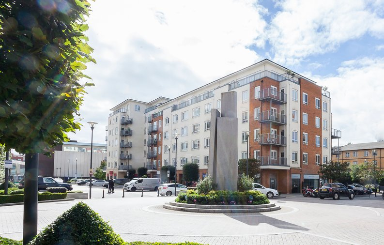 1 bedroom(s) apartment to sale in Battalion House, 22 Heritage Avenue, Beaufort Park, Colindale-image 1