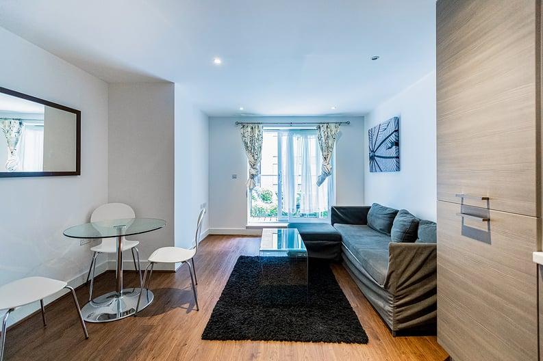 1 bedroom(s) apartment to sale in Bromyard Avenue, Napier West, London-image 6