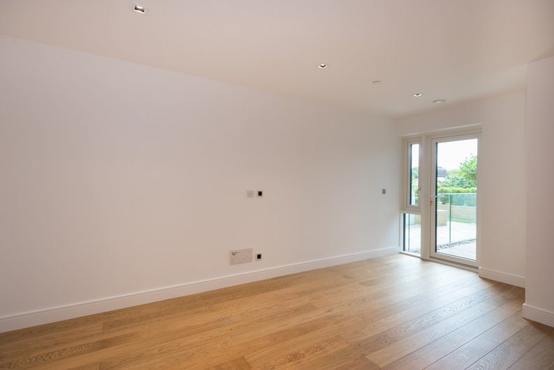 2 bedroom(s) apartment to sale in Dashwood House, Dickens Yard,, Ealing-image 2
