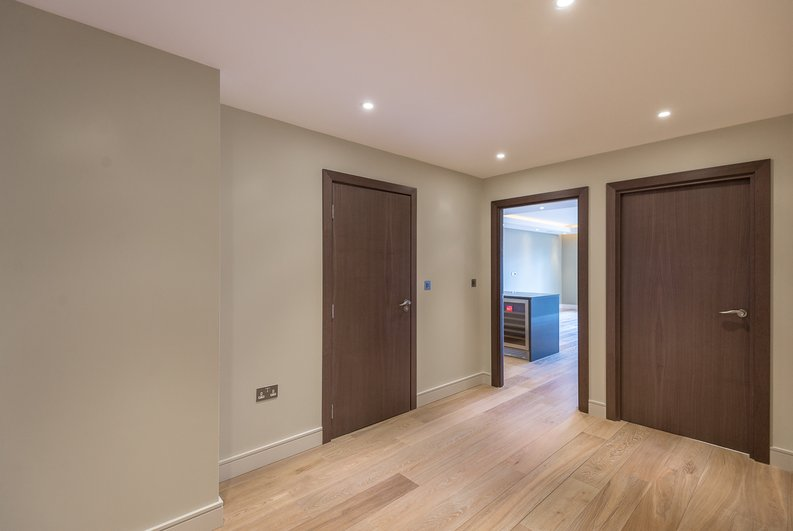 2 bedroom(s) apartment to sale in Brunswick House,, Fulham Reach, Hammersmith-image 2