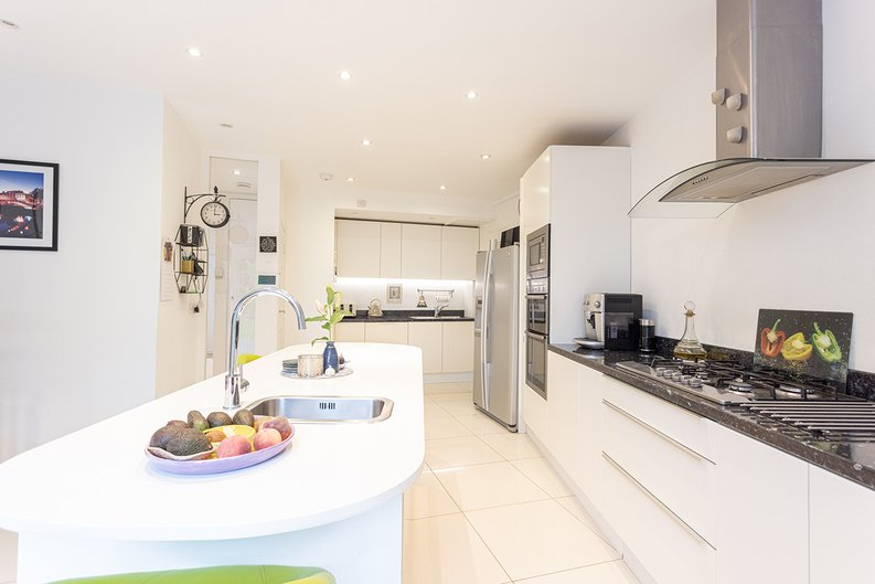 4 bedroom(s) house to sale in Hale Lane, Mill Hill, London-image 51