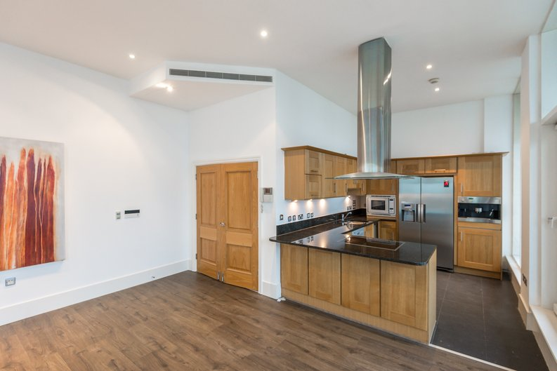 3 bedroom(s) apartment to sale in The Boulevard, Imperial Wharf, London-image 3