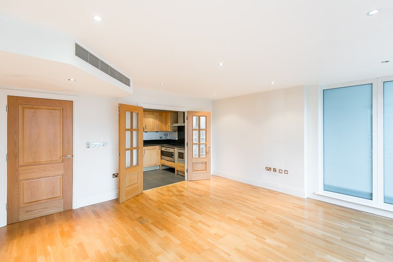 2 bedroom(s) apartment to sale in Regency House, The Boulevard, Imperial Wharf, Fulham-image 7
