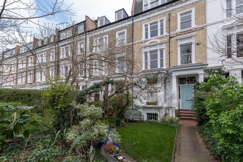 2 bedroom(s) apartment to sale in Elsham Road, West Kensington-image 14