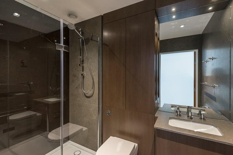 2 bedroom(s) apartment to sale in Rothschild House, Kew Bridge Road, Kew, Brentford-image 11