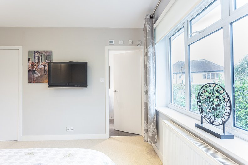 4 bedroom(s) house to sale in Hale Lane, Mill Hill, London-image 48