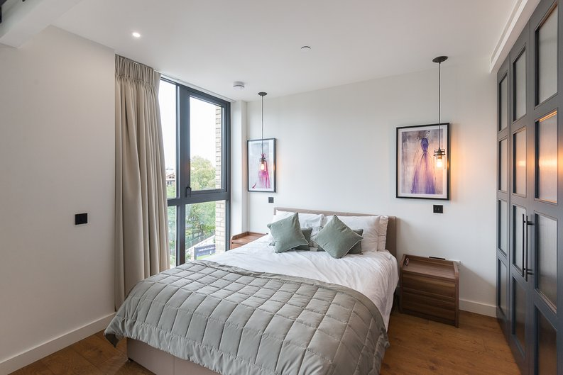 1 bedroom(s) apartment to sale in Emery Wharf, 1 Emery Way, Royal Mint, Wapping-image 7