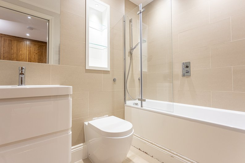 3 bedroom(s) apartment to sale in Greville Road, St. John's Wood Borders, London-image 16