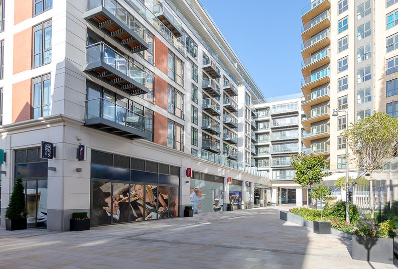 2 bedroom(s) apartment to sale in Quartz House, Dickens Yard, Ealing-image 14