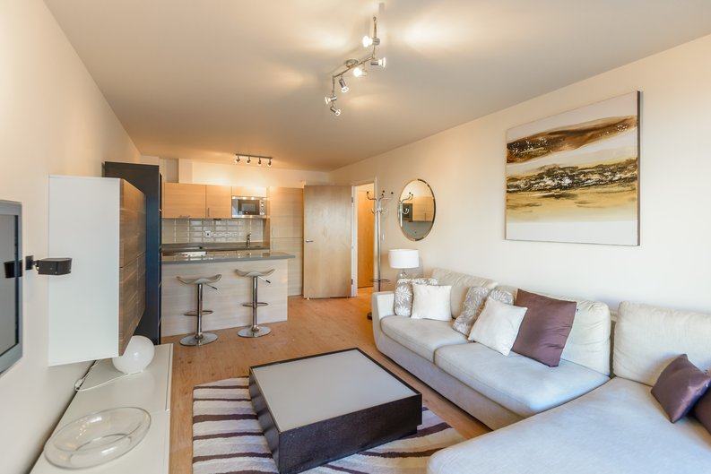 1 bedroom(s) to sale in Boulevard Drive, London-image 6