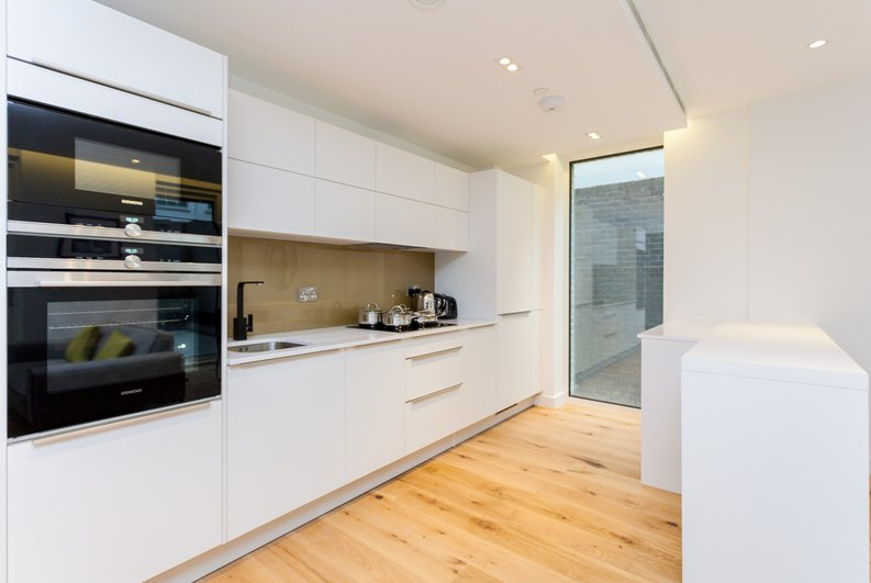 1 bedroom(s) apartment to sale in Rosamond House, 4 Elizabeth Court, Westminster-image 1