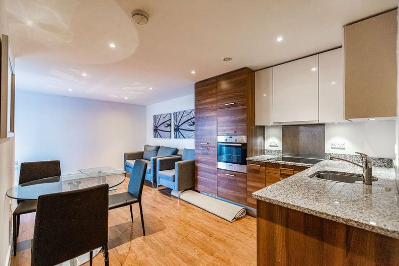 2 bedroom(s) apartment to sale in Napier House, Bromyard Avenue, Napier West, London-image 7
